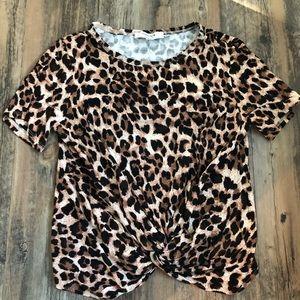 Ever new leopard print knot front crop top sz s